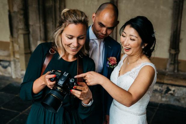 Contact met Tessa | Spontane trouwfoto's